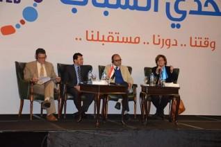 """وزير الشباب والرياضة يطلق برنامج """" تحدي الشباب """" 2020"""