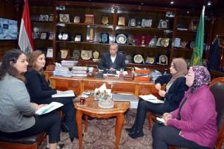 محافظ القليوبية يجتمع مع ممثلى مشروعى تشغيل الشباب فى مصر بمنظمة العمل الدولية