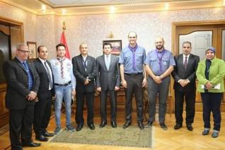 وزير الشباب يناقش استعدادات المؤتمر الكشفي العالمي مع مسئول المنظمة الكشفية العالمية