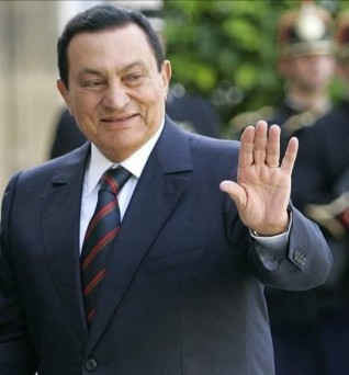 ماجدة حسن رئيس حزب الإنتماء المصري تنعى الرئيس الأسبق محمد حسنى مبارك.