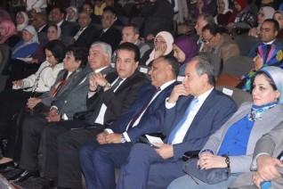 وزير التعليم العالي يفتتح فعاليات شهر العلوم المصري