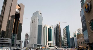 قطر تحظر دخول المسافرين من 14 دولة بسبب مخاوف من فيروس كورونا
