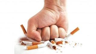 التدخين سبب رئيسي للإصابة بسرطان الرئة