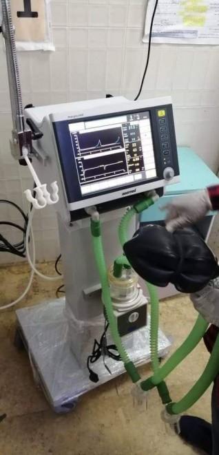 مرعي يعلن عن دعم مستشفى الغردقة العام بجهاز تنفس صناعى بقيمة ٢٠٠ ألف جنيه