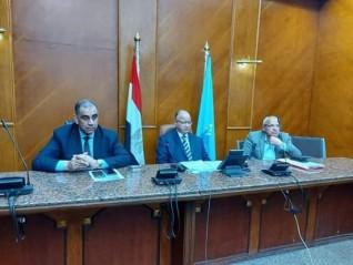 محافظ القاهرة يشدد على جميع الأجهزة التنفيذيةمنع الغش التجاري والسوق السوداء