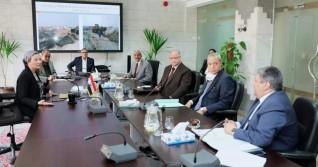 محافظ القليوبية يشارك فى إجتماع وزارة البيئة لمناقشة وضع مدفن العبور