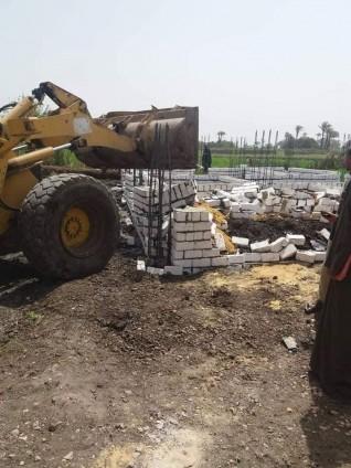 إزالة 61 حالة تعد بالبناء بمراكز محافظة المنيا