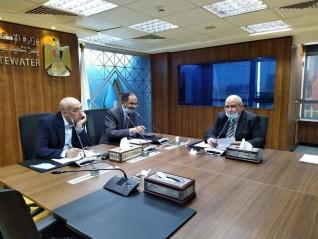 نائب وزير الإسكان لشئون البنية الأساسية يتابع خطة تركيب عدادات المياه مُسبقة الدفع