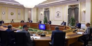 رئيس الوزراء يترأس إجتماع اللجنة الرئيسية لتقنين أوضاع الكنائس