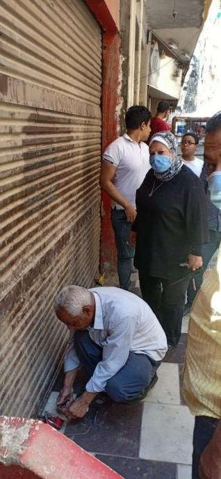 محافظ القاهرة يتابع تطبيق قرار الحظر والتكثيفات الأمنية المشددة للحد من أي تجمعات