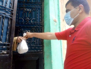 رئيس الوزراء يتابع جهود وزارة الصحة لتوصيل الأدوية لحالات العلاج المنزلى لمصابى فيروس كورونا
