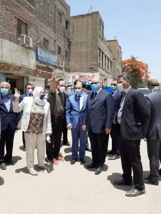 وزير التنمية المحلية ومحافظ القاهرة يتفقدان أعمال إزالة الاشغالات والمخالفات بمحيط مستشفي سرطان الاطفال 57357 بالسيدة زينب