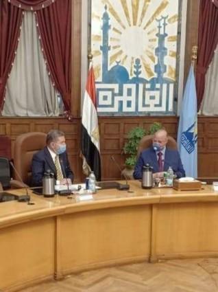 وزير قطاع الأعمال العام ومحافظ القاهرة يبحثان عددا من الموضوعات المشتركة