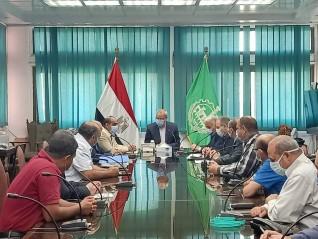 محافظ القليوبية يجتمع مع جهاز القاهرة الفاطمية لمتابعة أعمال الممشي النيلي بمدينه بنها