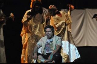 ناصر عبد الحفيظ في ضيافة برنامج تياترو على القناة  الثانية الليلة