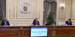 """رئيس الوزراء يتابع الموقف التنفيذي لتطوير مصنع """"سيماف"""""""