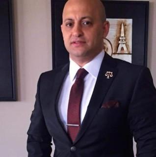 """المستشار شريف حافظ يستعد لتسجيل حلقات """"بالقانون"""""""