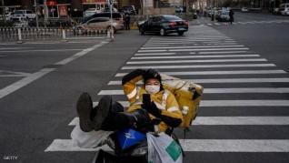 """بكين تبحث عن فيروس كورونا """"وسط الأطعمة والطرود"""""""