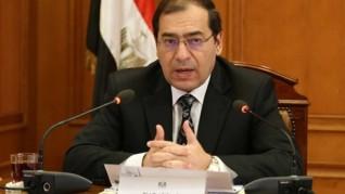 البترول :12 إتفاقية بترولية جديدة بإستثمارات مليار دولار فى شرق وغرب المتوسط والبحر الاحمر والصحراء الغربية