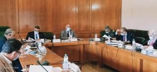 عبد العاطي يترأس إجتماع اللجنة العليا للتراخيص بحضور محافظ البحر الأحمر