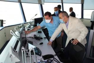 وزير الطيران يتفقد مطار برج العرب ويتابع مستجدات أعمال التطوير  بالمطار