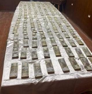 القبض على سائق لقيامة بسرقة أكثر من مليون جنيه من داخل فيلا بالتجمع الأول