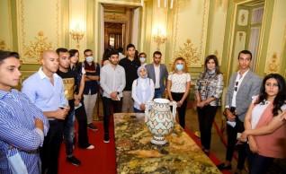 """""""الهجرة"""" تنظم زيارة إلى قصر عابدين لوفد شباب الدارسين بالخارج"""