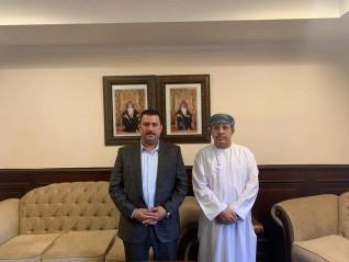 الوزير المفوض لسلطنة عمان بالقاهرة يستقبل رئيس جمعية رجال الأعمال المصريين العمانيين