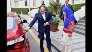 مواقف إنسانية للرئيس السيسي خطفت قلوب المصريين