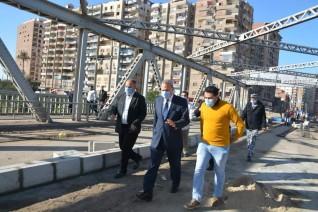 محافظ القليوبية يتابع أعمال الصيانة بكوبري كفر الجزار بمدينة بنها