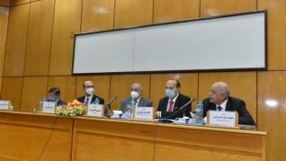 جامعة أسيوط تستقبل وفد من وحدة تطوير المشروعات بوزارة التعليم العالي