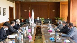 عبد العاطى : بدء الإجراءات التنفيذية لمشروع إنشاء قناطر ديروط الجديدة