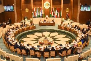 البرلمان العربي يثمن و يدعم دعوة الرئيس الفلسطيني لعقد مؤتمر دولي للسلام