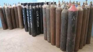 ضبط مسئول عن شركة بتهمة تجميع أسطوانات غاز الأكسجين لبيعها بالسوق السوداء