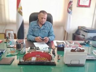 رئيس مدينة فرشوط شمال قنا؛ الإنتهاء من رصف شوارع المدينة خلال شهر