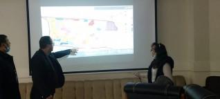 رئيس جهاز حدائق العاصمة يناقش مع أحد المكاتب الاستشارية المخطط الاستراتيجي العام للمدينة