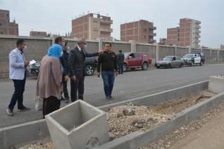 محافظ القليوبية يتابع أعمال تطوير ورصف الميادين بعدد من مدن المحافظة