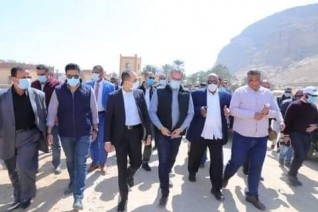وزير السياحة والآثار ونائب محافظ سوهاج يفتتحان تطوير منطقة اتريبس الأثرية