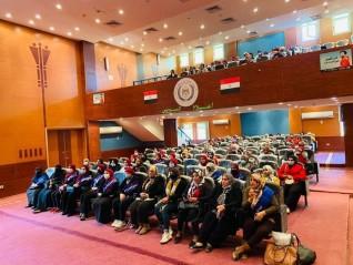 """ندوة """"المسئولية المجتمعية ومبادرة الرئيس لتحقيق التنمية المستدامة بالريف المصرى"""" لإعلام السويس"""