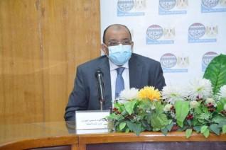 وزيرا التنمية المحلية يناقشان مع 4 محافظين الأماكن المقترحة لمحطات شحن السيارات الكهربائية