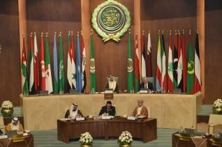 رئيس البرلمان العربي يعزي مصر في ضحايا حادث قطار سوهاج الأليم