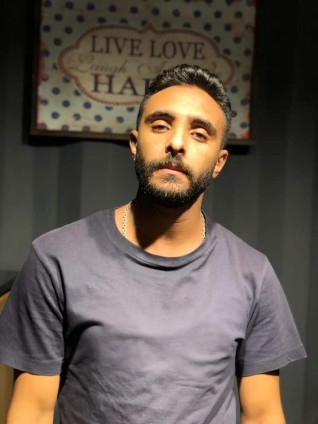 """أحمد عباس يشارك في """"كوفيد -25"""" مع يوسف الشريف"""