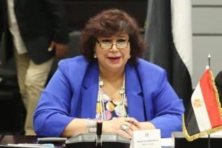 وزيرة الثقافة تستعرض نشاط «التنمية الثقافية» وأهم المشروعات المقبلة