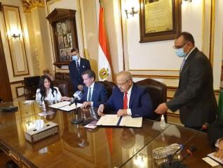 التعليم العالي توقع اتفاقية تعاون مع الوكالة الجامعية للفرنكوفونية لإنشاء مقر لها بجامعة القاهرة