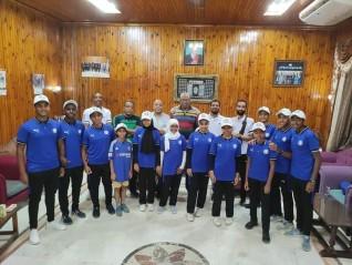 إدارة أسوان تعقد اجتماعاً مع فريق سباحة الزعانف استعداداً لبطولة القاهرة
