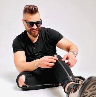 الفنان إياد سعيد يشوق جمهوره بعمل جديد