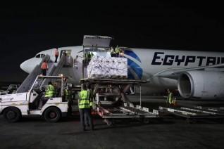 وزيرة الصحة: استقبال مليون و 500 ألف جرعة من لقاح استرازينيكا بمطار القاهرة الدولي اليوم