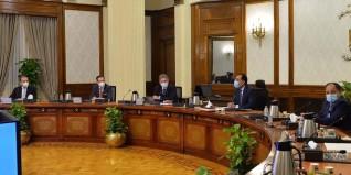 رئيس الوزراء يلتقي وفدا من كبار أعضاء الرابطة الأفريقية لمصنعي السيارات