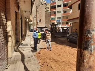 محافظ أسيوط : استمرار الرصف بمدينة المعلمين ضمن خطة تجميل ورصف الشوارع والميادين