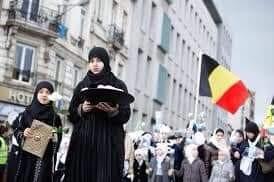 منظمة الحق: حظر الذبح في بلجيكا يتعارض مع حرية الدين الإسلامي